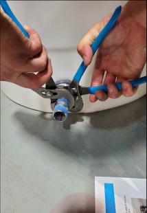 tightening pump connection